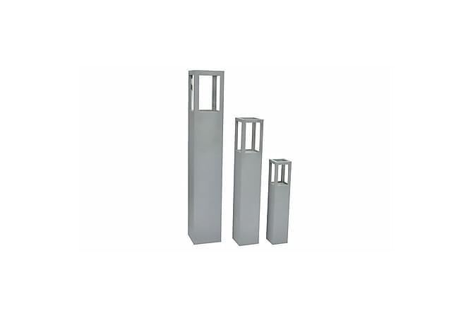 Lysestake i tre grå - Innredning - Dekorasjon - Lysestaker og lykter